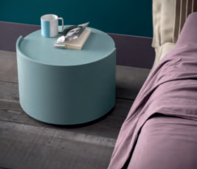 bed-bedroom-sidetable