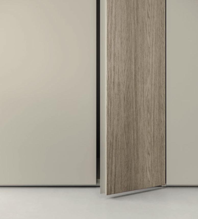 wardrobe kl25 custom spec